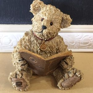 Boyds Bears and friends bear figurine.
